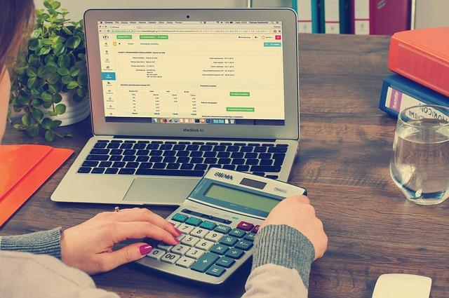 online lakásbiztosítás kalkulátor